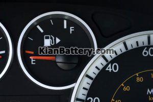 باک بنزین 300x201 علت استارت نخوردن ماشین + علائم و حل مشکل