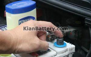 گریس 300x188 باتری دیزل ژنراتور و هر آنچه باید در مورد آن بدانید