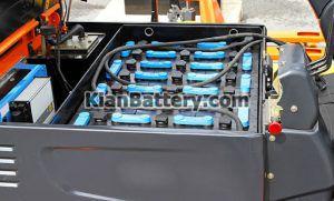 باتری لیفترا3 300x181 باطری لیفتراک برقی