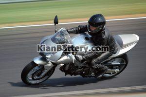 موتور 300x199 آشنایی با باطری موتور سیکلت
