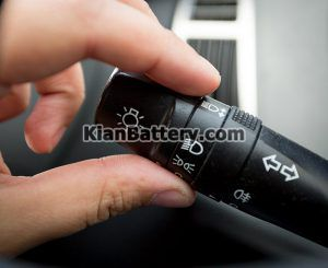 کلید مه شکن 300x245 آشنایی با چراغ مه شکن خودرو